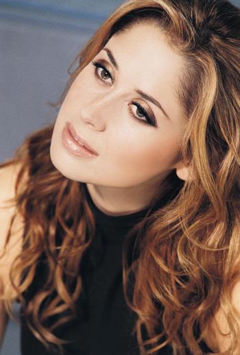 Laura pausini songs with lyrics