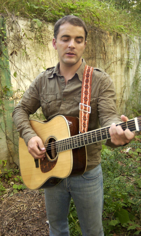 Drew Holcomb Pictures Lyrics Photos Chords